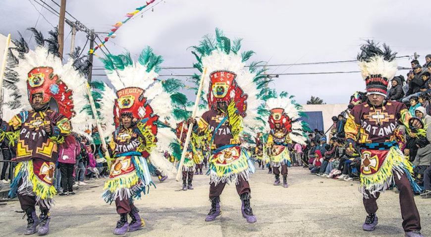 Cuales son las mas reconocidas danzas folclóricas que los turistas y locales disfrutan en América latina