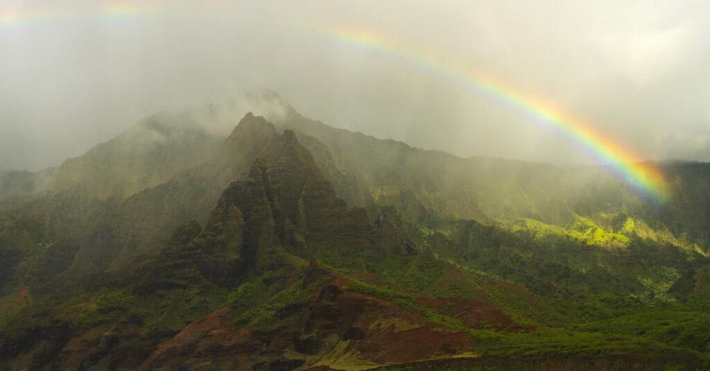 Descubra la isla con los mejores arco iris del mundo
