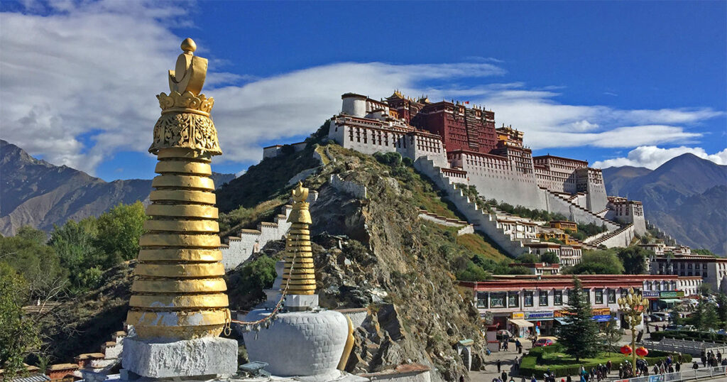 Tibet y el limitado alcance de la aventura