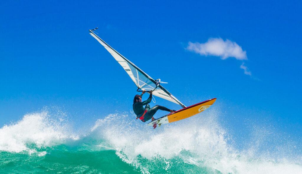 Conozca las mejores playas para surf en Aruba