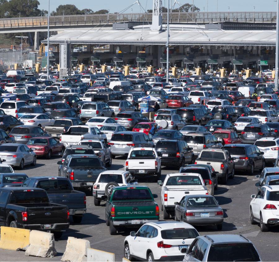 Cuales son Las restricciones para cruzar la frontera entre México y Estados Unidos?