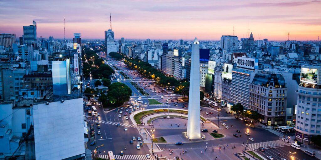 Quieres trabajar y conocer otros paises ? Te damos el ranking de los mejores empresas para trabajar en América Latina