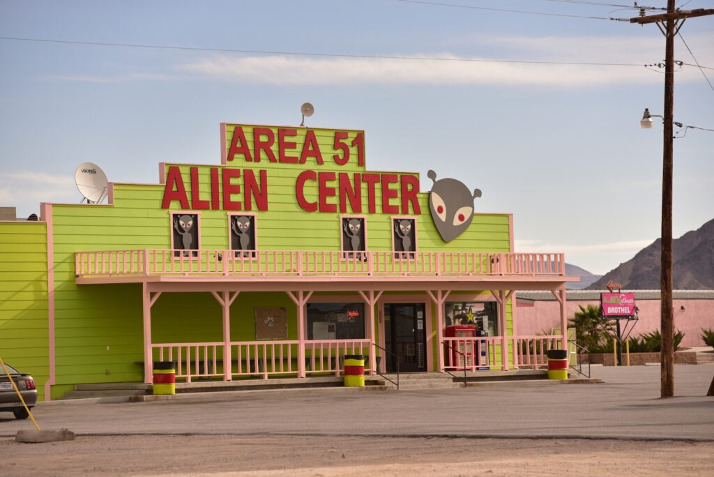 EE.UU. Como visitar el área 51 y la carretera extraterrestre