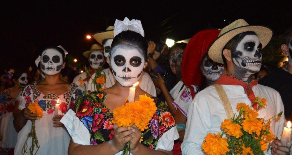 """México: Como celebran el Veracruz el """"Día de los Muertos o de los Fieles Difuntos"""""""